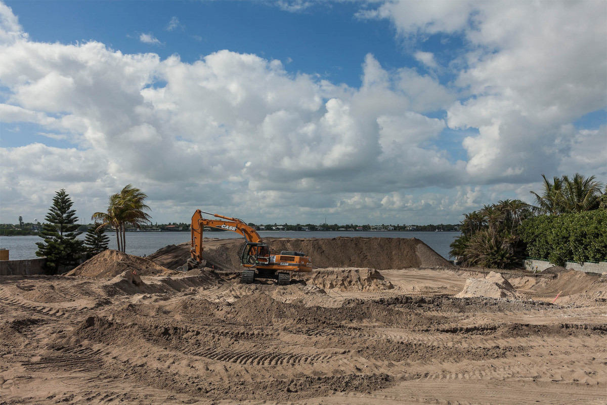 Construction Site for a New Mansion, South Ocean Boulevard, Highway A1A, Palm Beach, Florida, 2014.